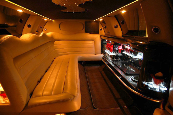 lincoln limo service Cary
